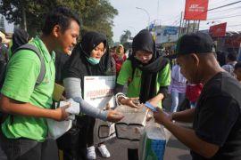 """Dari anak muda sampai """"orangutan"""" kampanyekan kesadaran bebas sampah plastik"""