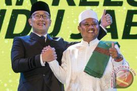Hasil rekapitulasi KPU tunjukkan Bandung pilih Ridwan Kamil-Uu