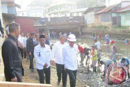 Presiden sambangi proyek padat karya tunai di Gowa