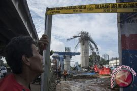 Polisi tetapkan dua tersangka terkait kecelakaan konstruksi tol Becakayu