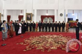 Presiden lantik 17 duta besar baru