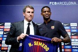 Barcelona siap lego Nelson Semedo
