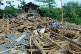 BPBD  Sampang Minta Masyarakat Waspadai Bencana Musim Pancaroba