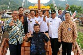 Wagub Lampung Luncurkan Kapal Wisata 'Samudra Krakatau'