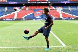 Neymar bermain cemerlang dan mencetak gol kalahkan Meksiko