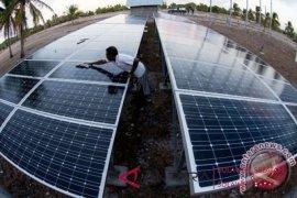 Gunakan pembangkit tenaga surya, PLN hemat Rp115 juta/bulan