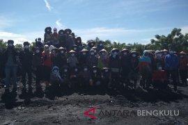 Pekerja perempuan Bengkulu harapkan alat pelindung diri