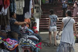 Peningkatan daya saing pasar rakyat