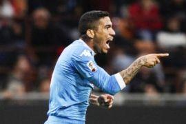 Napoli rebut kembali puncak klasemen dari Juventus