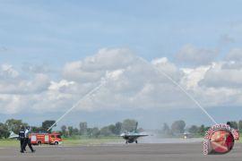 Menhan serahkan 24 F-16 hibah AS ke TNI AU