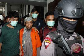Sidang bom Thamrin, saksi tahu terdakwa Oman lewat internet