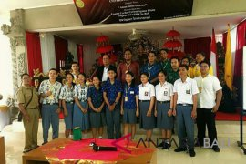Unhi Denpasar gelar cerdas cermat SMA se-Bali