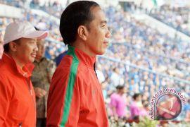 Jokowi saksikan final Piala Presiden di GBK