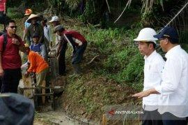 Pembangunan Pedesaan di Dharmasraya Ditinjau Presiden Jokowi (Video)
