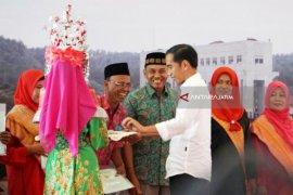 Jokowi: Hati-hati Agunkan Sertifikat ke Bank (Video)