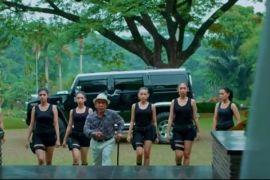 Reza Rahadian ajak masyarakat Manado cinta film Indonesia
