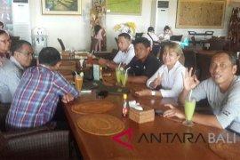 "Pempelred Sosialisasikan ""Revitalisasi Redaksi"" di Antara Biro Bali"