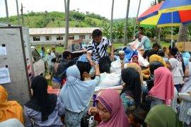 Pemprov Gorontalo gelar buka bersama dengan 2.500 warga miskin dan anak yatim