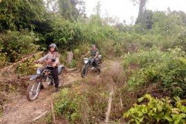 Bhabinkamtibmas dan babinsa Jambi patroli cegah karhutla