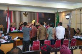 Sejumlah anggota DPRD saksi suap APBD Jambi
