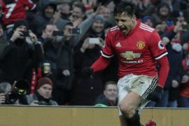 Alexis Sanchez inspirasi United kalahkan Tottenham di semifinal Piala  FA