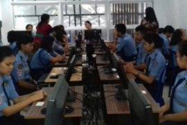 SMK Penerbangan Denpasar laksanakan simulasi UN 2018