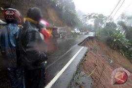 Menteri Basuki upayakan jalur Puncak segera dibuka