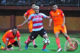 Madura United uji coba lawan PSIM