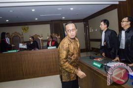Auditor BPK divonis enam tahun penjara karena suap