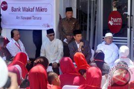 Presiden luncurkan Bank Wakaf Mikro di Pesantren An Nawawi