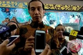 Presiden Jokowi minta tarif tol angkutan logistik turun