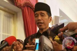 Jokowi imbau masyarakat utamakan konsumsi bahan pangan lokal