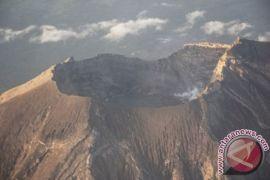Gunung berapi Jepang erupsi pertama kali dalam 250 Tahun