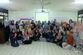 Mahasiswa dari Malaysia dilatih menjadi counselor muda di IPB