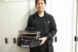 Kurangi Risiko Kematian, Mahasiswa ITS Ciptakan Robot Pemantau Manula