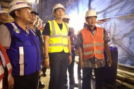 Sandiaga tinjau pengerjaan pembangunan underpass Matraman