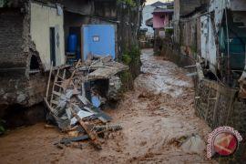Banjir bandang Bandung akibat alih fungsi lahan di hulu