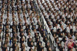 Permainan angklung CPNS-Jokowi dapat rekor MURI