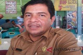 Warga Aceh Utara disuntik difteri