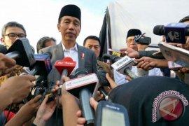 Presiden Jokowi ungkap pengalaman naik helikopter