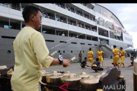 Kapal pesiar L`austral kembali singgahi Ambon