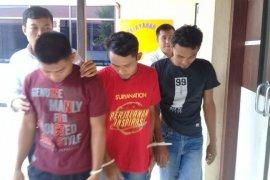 Polisi bekuk tiga pelaku penganiayaan