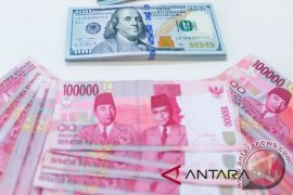 Kurs rupiah tembus Rp15.000 pada Selasa siang