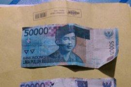 Polsek Pontianak Timur ringkus lima pengedar uang palsu