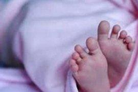 Seorang ibu muda ditangkap setelah dengan keji membunuh bayinya