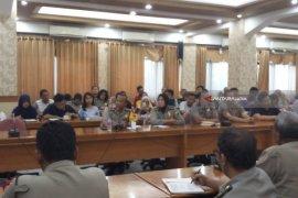 Polisi Surabaya Kuliah Kehumasan di Unair