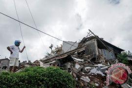 Warga Kalibening Banjarnegara masih trauma pascagempa