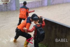 BPBD evakuasi ratusan korban banjir Kayu Besi