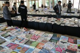 Bazar buku murah Penajam sediakan 20.000 buku