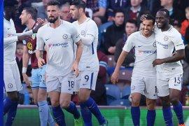 Conte puji duet Giroud-Morata